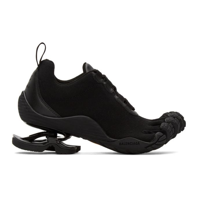 Black Finger Toe Low-Top Sneakers